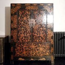 Furniture (1) - Floral - Lacquer, Wood - Armadio/Guardaroba - China - Qing Dynasty (1644-1911)