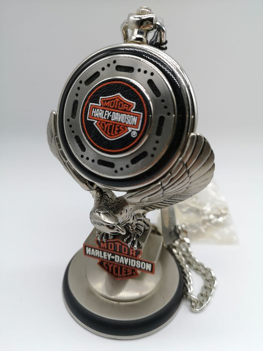 Franklin Mint Harley Davidson Heritage Softail Pocket Watch - Harley Davidson - 1998