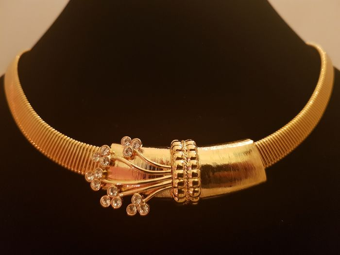 Camrose&Kross gold plated choker necklace with Swarovski crystals, a gift for Christmas from JFK - Necklace
