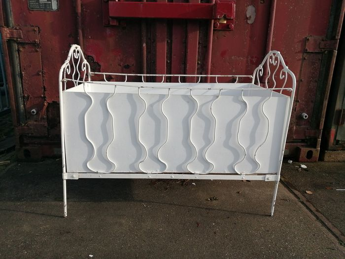 Child's bed for children (1) - Iron (cast/wrought)
