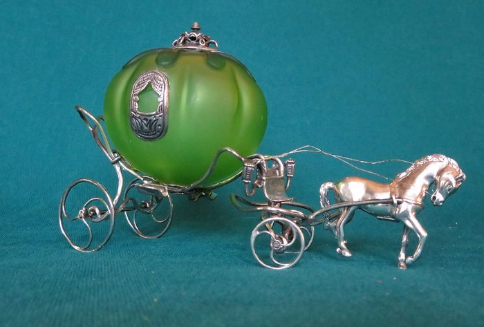 ANGINI silver fairytale (pumpkin) carriage with horse - .925 zilver - Angini - Italië - Tweede helft 20e eeuw
