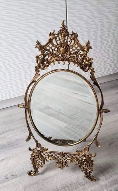 Vintage cast brass vanity mirror With easel stand (1) - Brass