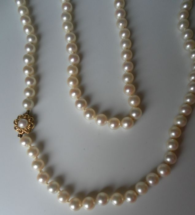 Mikimoto - 18 kt. Akoya pearls - Exclusive Pearl Necklace