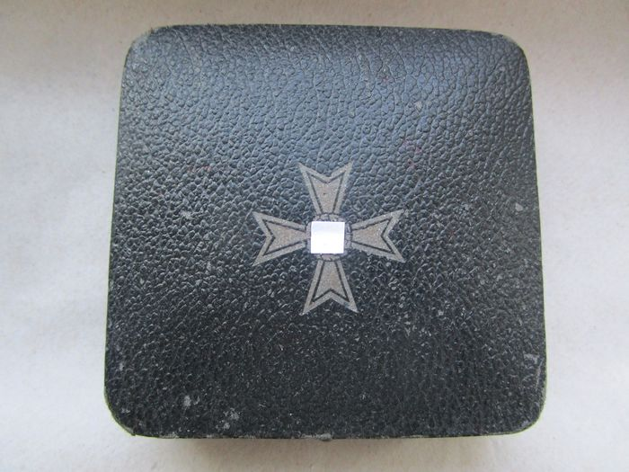 Germany - Case for War Merit Cross 1939-45 1st Class Without swords
