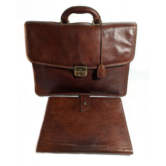 The Bridge Business bag and briefcase