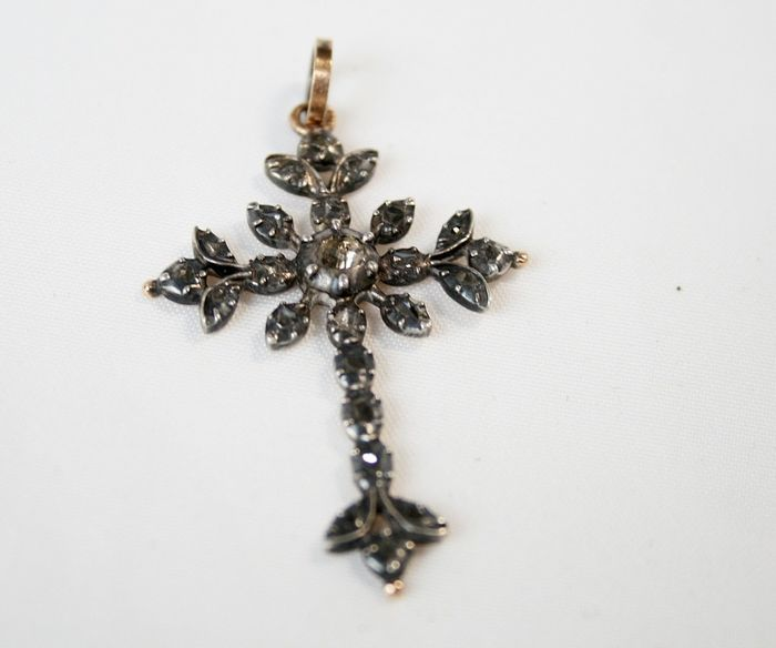 Silver - cross old flemish pieces of diamond