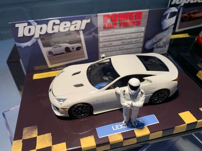 MiniChamps - 1:43 - Lexus LFA   2010 - The Stif Top Gear version