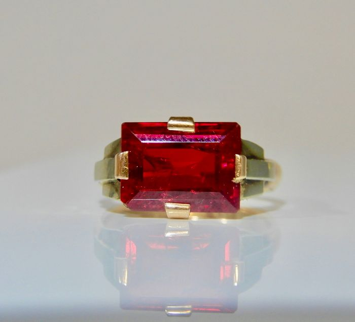 18 kt. Bicolour - Ring Ruby verneuil