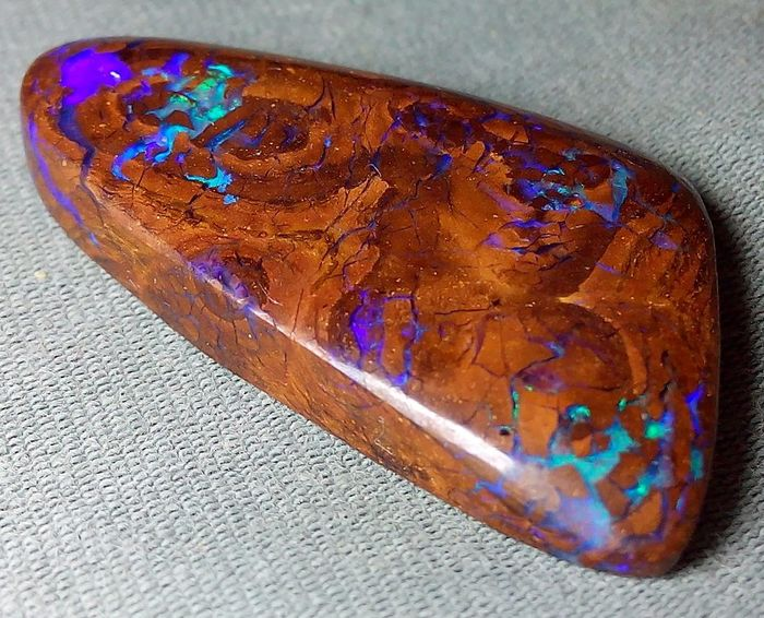 21.80 cts - Top Quality Boulder Opal - Polished - Blue Fire - 4.36 g