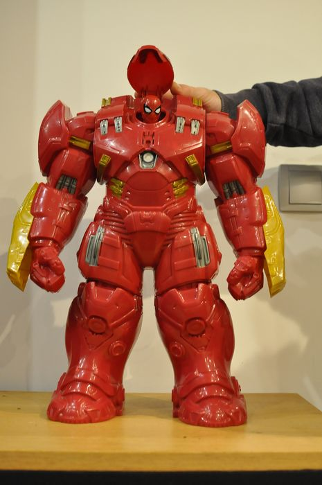 Marvel - Actiefiguur Set of 2 - Big Fig Hulkbuster & Spider-man Titan series