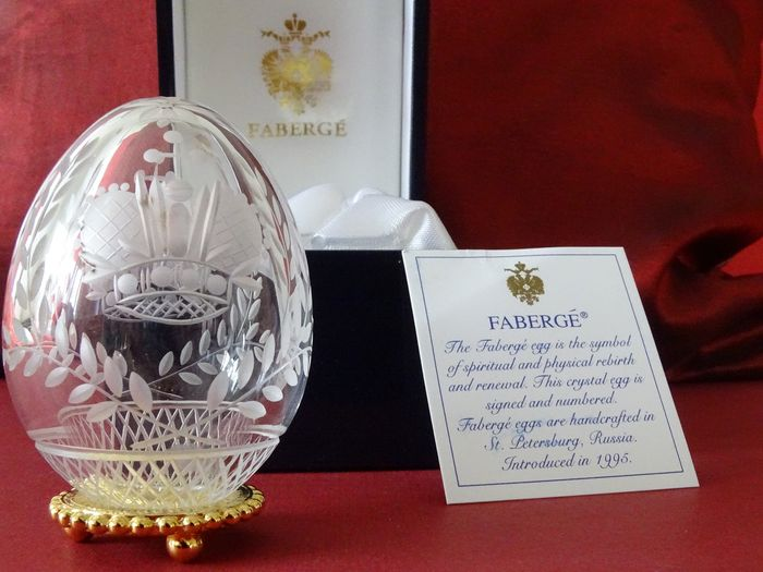 Romanov Imperial Coronation - Fabergé - Faberge Imperial egg numbered- COA- numbered  - Original box with eagle-24K gold finished