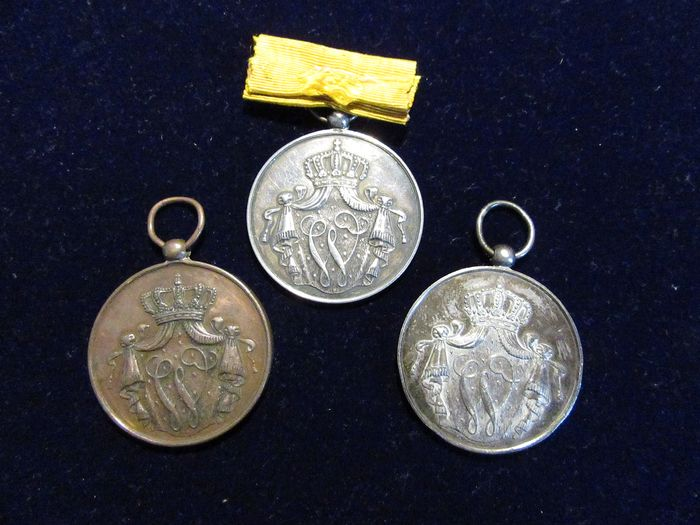 Netherlands - Old Dutch Medals for Long-term, Fair and Loyal Service