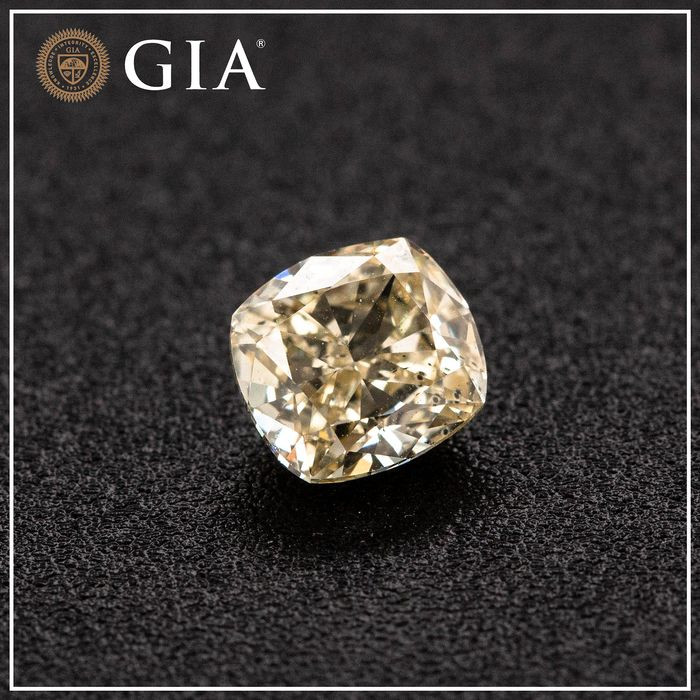 Diamante - 1.02 ct - Almofada - fancy light brownish yellow - SI2, GIA - No Reserve Price