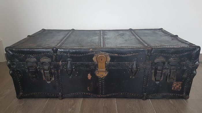 Travel case with 1870 key - Victorian Style