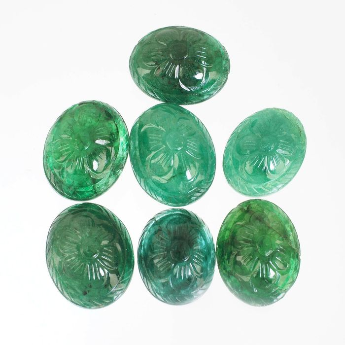 7 pcs Green Emerald - 107.40 ct