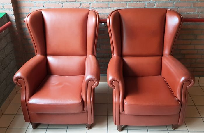 Wingback chairs set