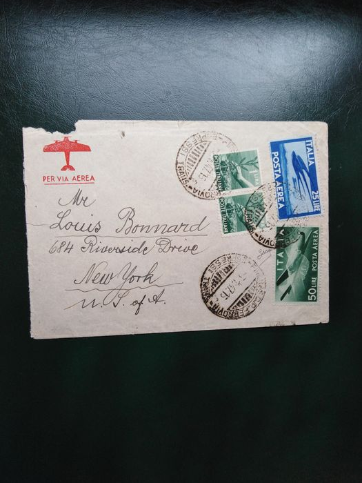 Italy Republic - Three airmail envelopes with democratic 25 l. and 50 l. - Sassone NN. P. A. 131, 132