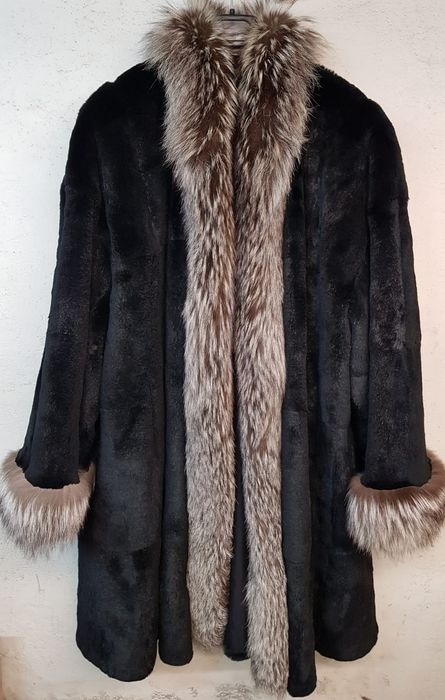 Nessuna - Fox fur, Lapin fur, Polyester - Fur coat - Made in: Italy