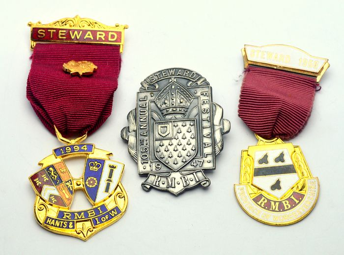 Lot of 3 Masonic Medals - Medal (3) - Brass, Goldplate