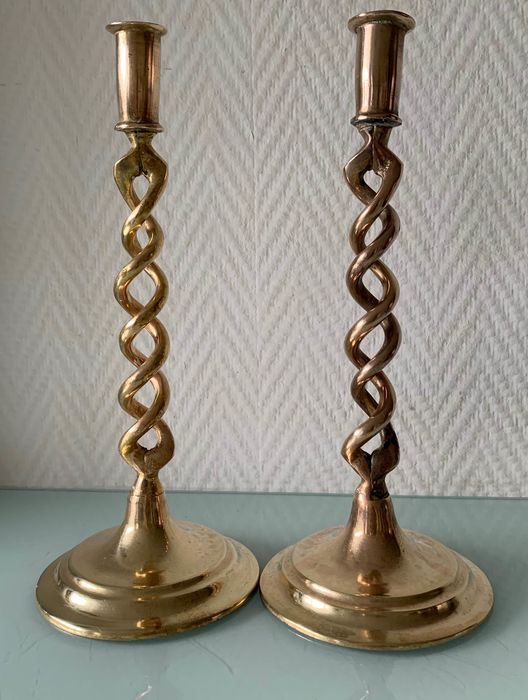 Two Barley Twist candlesticks - Copper