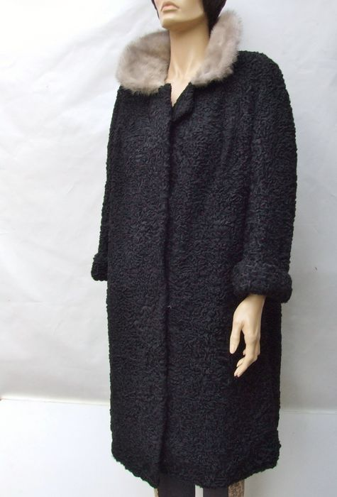 Handmade - Astrakhan, Mink fur - Premium ASTRAKHAN & MINK FUR Coat - Made in: Europe