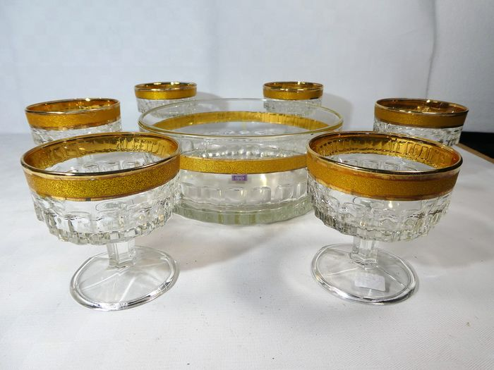 Cristallerie Artistiche, Italy - Gold-decorated dish with 6 dessert sections - Crystal