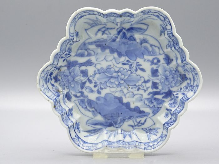 Pattipan dish  - Blue and white - Porcelain - China - 18th century