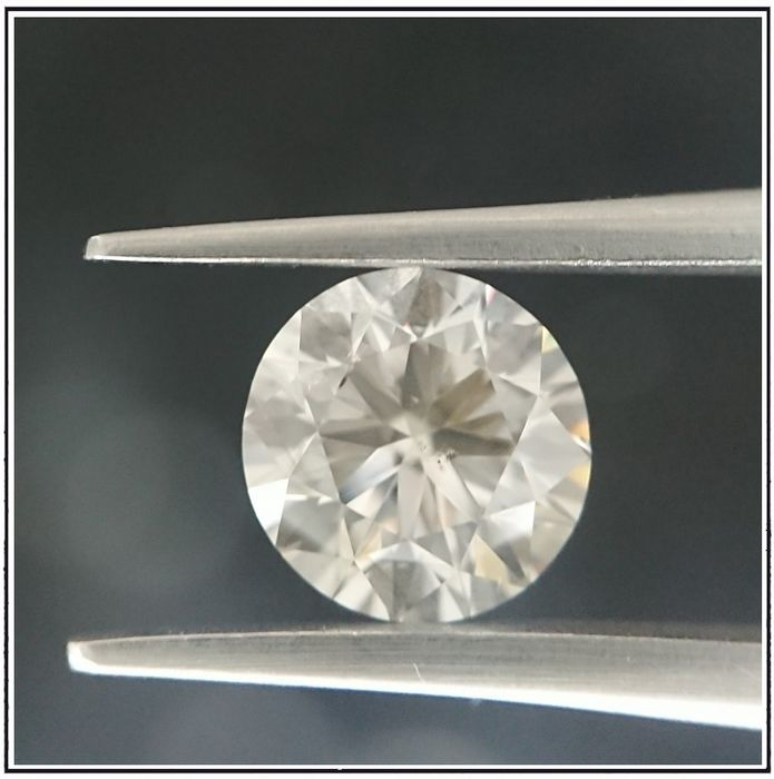 Diamond - 1.83 ct - Brilliant - M - SI2