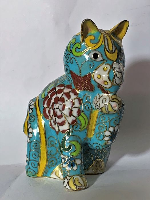 Fabergé - House of Faberge - Imperial Palace Tsarina Collection,  'the Czarina's kitten'  - 24kt Gold Plated Cloisonne