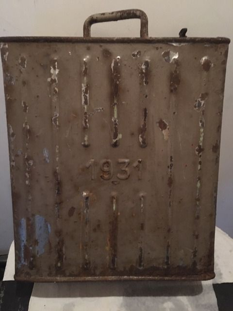 Gasoline jerry can from 1931 - PLM Paris, France - 1931