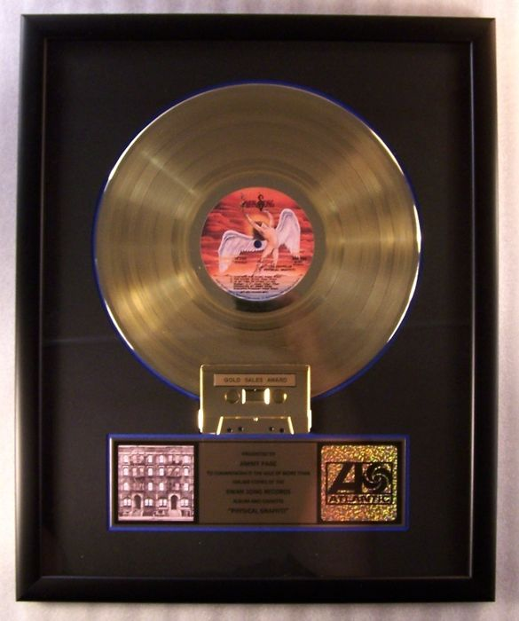 """Led Zeppelin - """"Physical Graffiti"""" LP, Cassette Gold Record Award Presented To Jimmy Page - Premio interno oficial - 1975/1975"""
