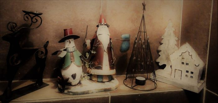 Original French Christmas set in Industrial look: Santa Claus, snowman, deer, Christmas tree, cottage with - metal / iron