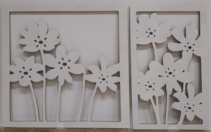 David García  - Carved White Flowers