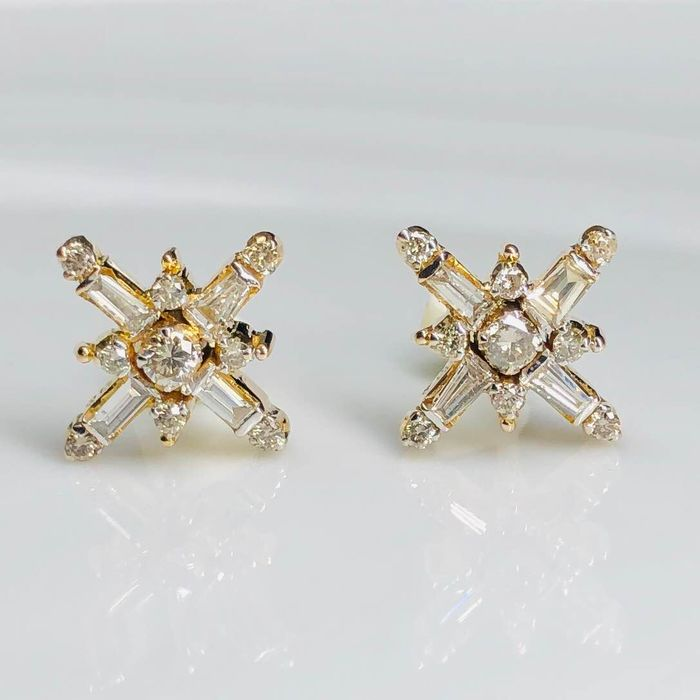 18 kt. Yellow gold - Earrings - 0.86 ct Diamond
