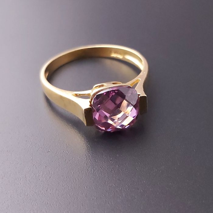 18 kt. Gold - Ring - 2.00 ct Amethyst