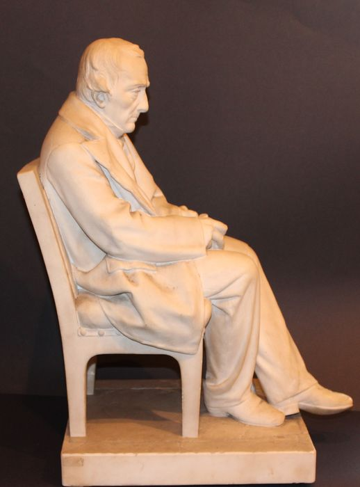 "Enrico Braga (1841 - 1919) - Sculpture, ""Seated man"" - 58 cm - Marble - ca. 1900"