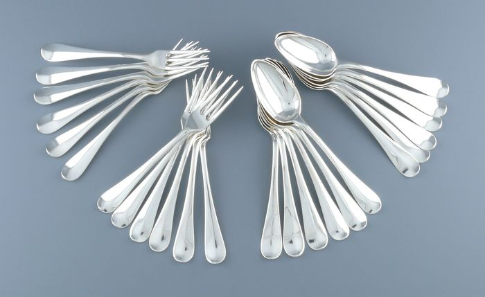 Set of 12 silver dessert cutlery sets - Silver - Netherlands - Period 1810 - 1813