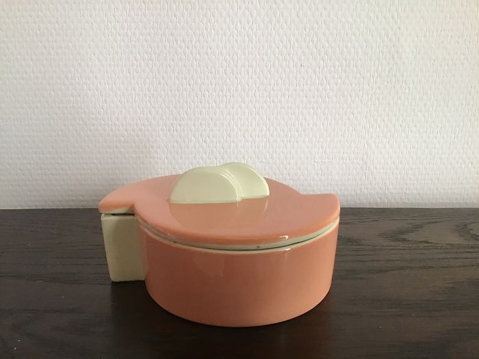 Charles Catteau - Boch Frères - Salmon pink ceramic pottery Art Deco candy box / candy box