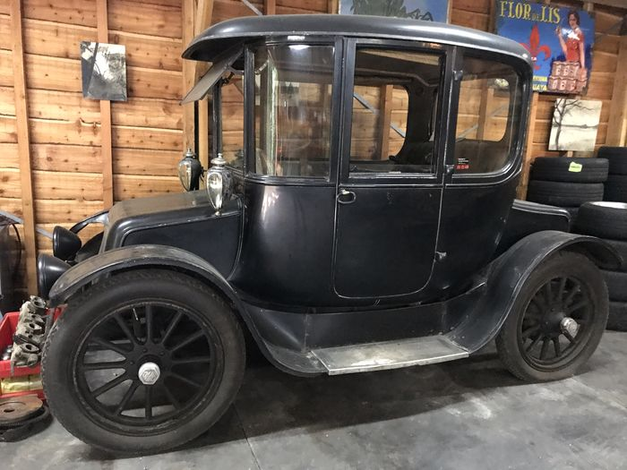 OHIO ELECTRIC - Electric Toledo - model 61 - 1915