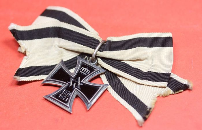 Germany - Kingdom of Prussia / Kaiser Wilhelm / Iron Cross - Cross of Merit for women and virgins 1870-71 at the Ladies Band Bow - very rare - 1870