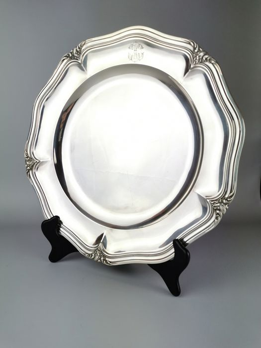 Round dish - .950 silver - Puiforcat - France - Early 19th century