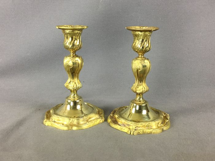 pair of Rocaille candle holder - Bronze (gilt) - Late 19th century
