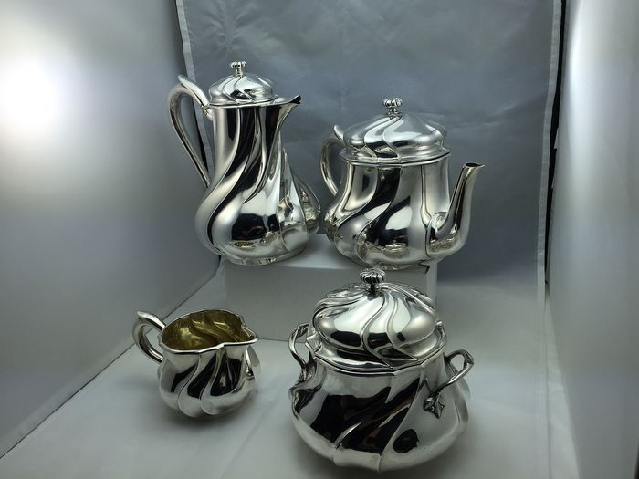 Coffee and tea service (4) - .950 silver - Odiot - France - Second half 19th century