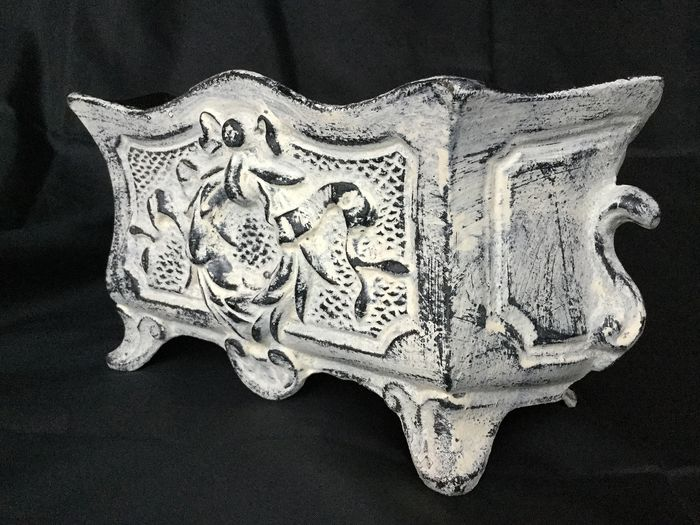 Black / white patinated Cast Iron Jardinière with wreath and bows in high relief - louis XVI style - 20th century