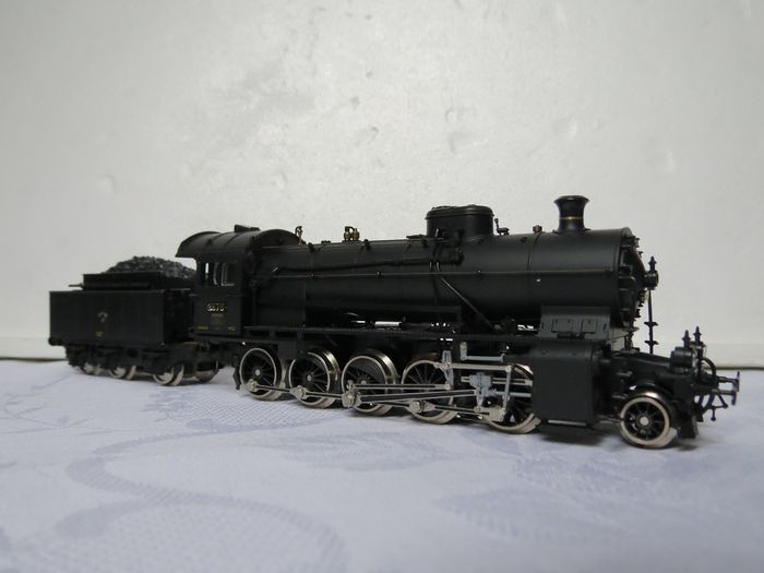Roco H0 - 14111  A - Steam locomotive with tender - C 5/6 - SBB