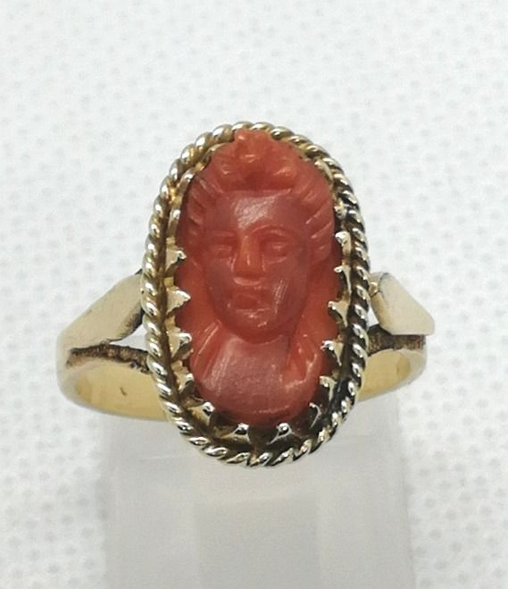 18 kt. Yellow gold - Ring red coral of Sardinia