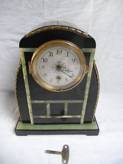 Beautifully designed unique chimney clock clock - Marble, Onyx, Copper, Glass - Early 20th century