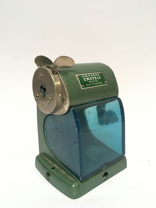 A. W. Faber - Castell No 52/25 - Vintage pencil sharpener, table model (1)