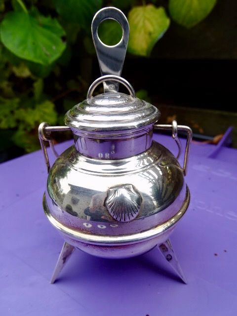 mustard pot with spoon - Silver
