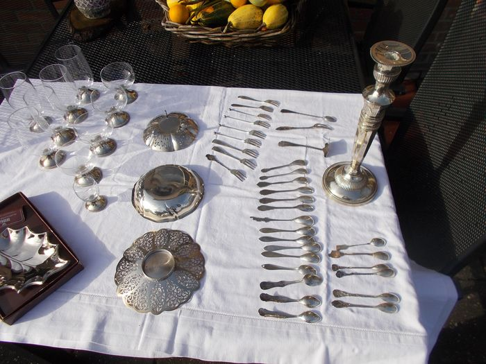 bonbon dishes and hteel spoons and forks, candlesticks of beer and brandy glasses (47) - Silverplate